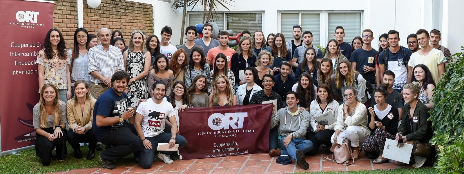Estudiantes internacionales llegaron a la universidad
