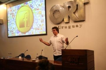 Federico Ast en la Universidad ORT Uruguay
