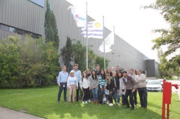 Visita de estudiantes de Comercio Exterior
